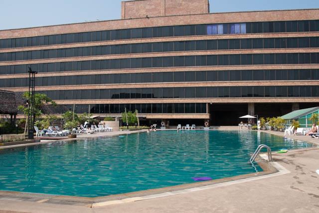 Lotus Hotel Chiang Mai piscina olimpica
